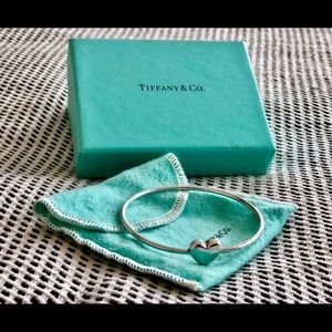TIFFANY&CO. Sterling Silver Heart Bangle Bracelet